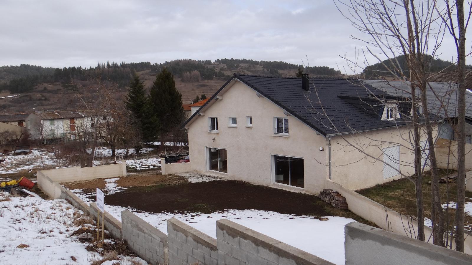 Camurac a vendre maison neuve avec jardin 3 chambres for Achat maison neuve idf