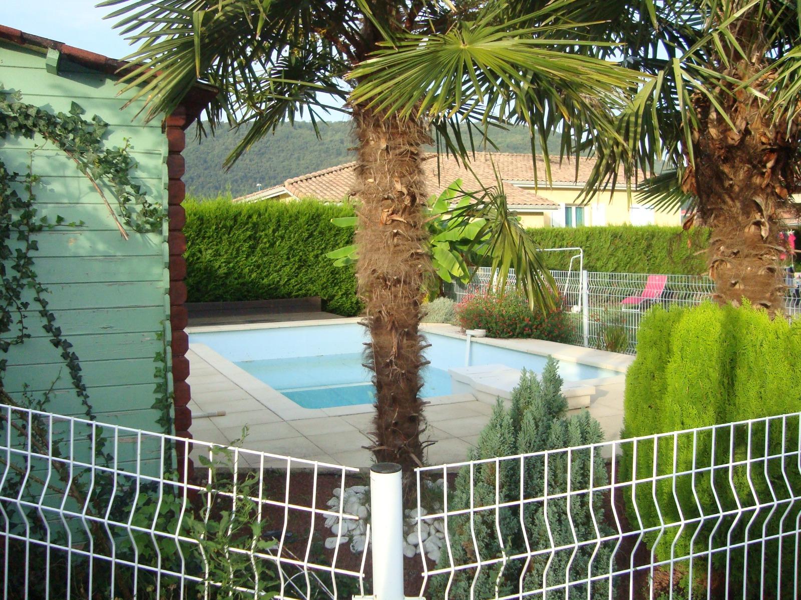 Foix foix villa rcente de plain pied jardin et piscine for Piscine foix