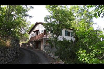 Vend maison individuelle dans l'Aude en moyenne montagne., Agence Immobilière UnChezVous, dans les départements de l'Ariège et de l'Aude