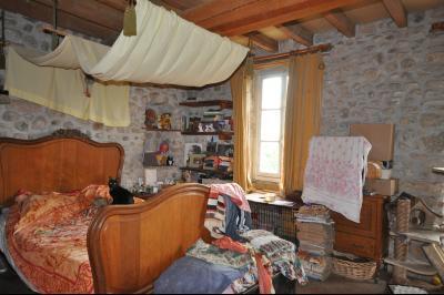 Vue: chambre de plus de 20m², Charmante maison en pierres apparentes