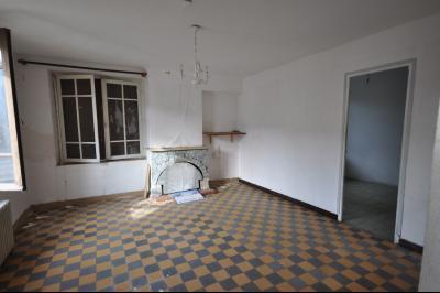 Maison de village proche de Laroque d
