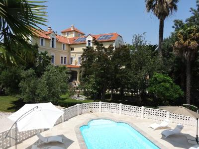 Appartement 12 pièce(s)  de 285 m² env. , Agence Immobilière UnChezVous, dans les départements de l'Ariège et de l'Aude