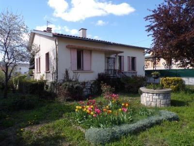 maison de ville sur deux �tages avec garage et jardin, Agence Immobilière UnChezVous, dans les départements de l'Ariège et de l'Aude