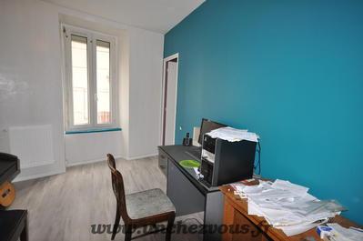 Vue: bureau ou chambre, Lavelanet, maison rénovée de 100 m² environ