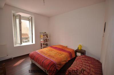 Vue: chambre au premier étage, Lavelanet, maison rénovée de 100 m² environ