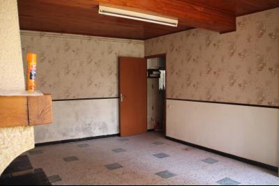 Vue: salon, a vendre, en Ariege, grande maison a renover