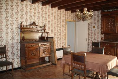 a vendre, en Ariege, grande maison a renover