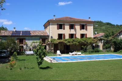 Maison 10 pièce(s)  de 400 m² env. , Agence Immobilière UnChezVous, dans les départements de l'Ariège et de l'Aude