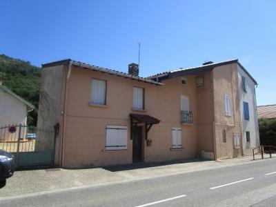 A vendre � MERCUS GARRABET, entre FOIX et TARASCON/ARIEGE, maison de village, Agence Immobilière UnChezVous, dans les départements de l'Ariège et de l'Aude