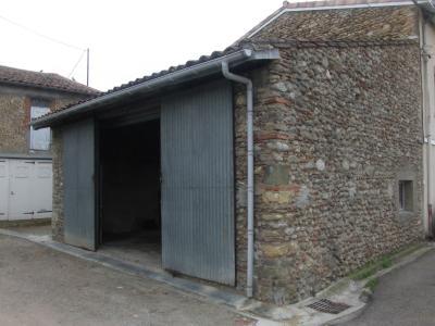 La Tour du Crieu, � vendre b�timent en pierre d'env.70m� en tr�s bon �tat, Agence Immobilière UnChezVous, dans les départements de l'Ariège et de l'Aude