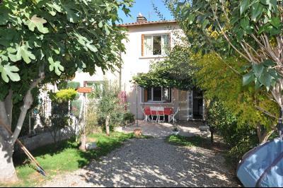A louer maison mitoyenne de 80 m� habitables dans quartier tranquille de Laroque d'Olmes., Agence Immobilière UnChezVous, dans les départements de l'Ariège et de l'Aude