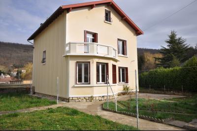 Belle maison avec vue sur les pyr�n�es, Agence Immobilière UnChezVous, dans les départements de l'Ariège et de l'Aude