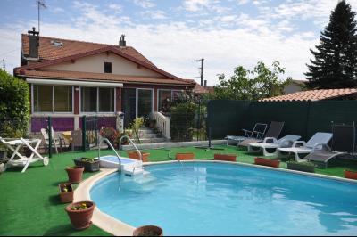 Laroque d'Olmes, maison avec piscine, Agence Immobilière UnChezVous, dans les départements de l'Ariège et de l'Aude