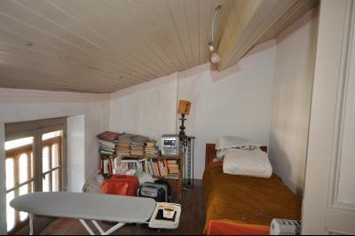 Vue: Chgambre 4, 2ème étage, Maison de village avec terrain de 1500m2 plein sud