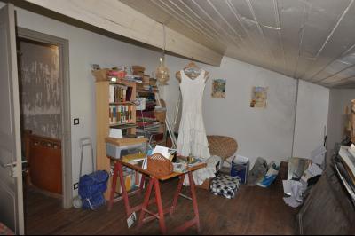 Vue: Chambre 3, 2ème étage, Maison de village avec terrain de 1500m2 plein sud