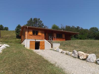 Maison en bois sur environ 1047 m� de terrain., Agence Immobilière UnChezVous, dans les départements de l'Ariège et de l'Aude