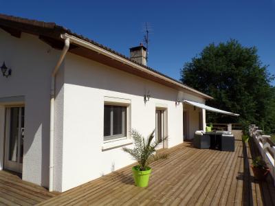 Belle maison de plain pied � 5 minutes de Foix en Ari�ge, Agence Immobilière UnChezVous, dans les départements de l'Ariège et de l'Aude