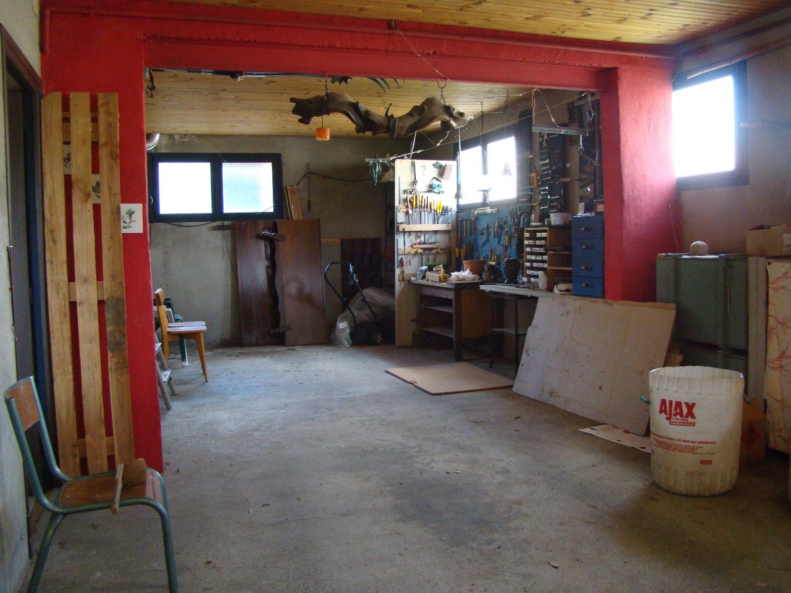 Maison 200 m hauteurs de st girons avec jardin ma maison for Garage saint girons