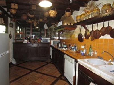 Vue: cuisine, Maison Saint Girons, proche centre ville