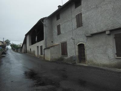 Vue: maison de face , GRANDE MAISON PROCHE DE ST GIRONS
