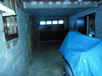 Vue: garage, MAISON DE CAMPAGNE A ERCE