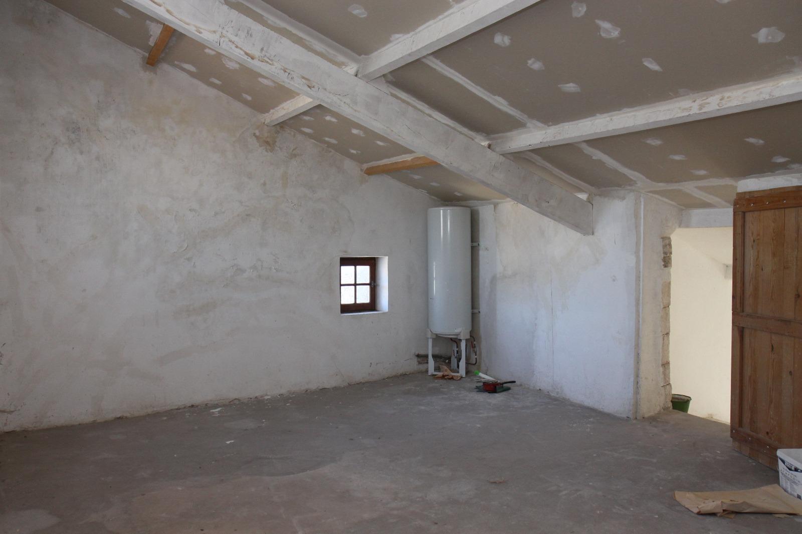 Maison de village vendre luberon 4 chambres avec for Achat maison luberon