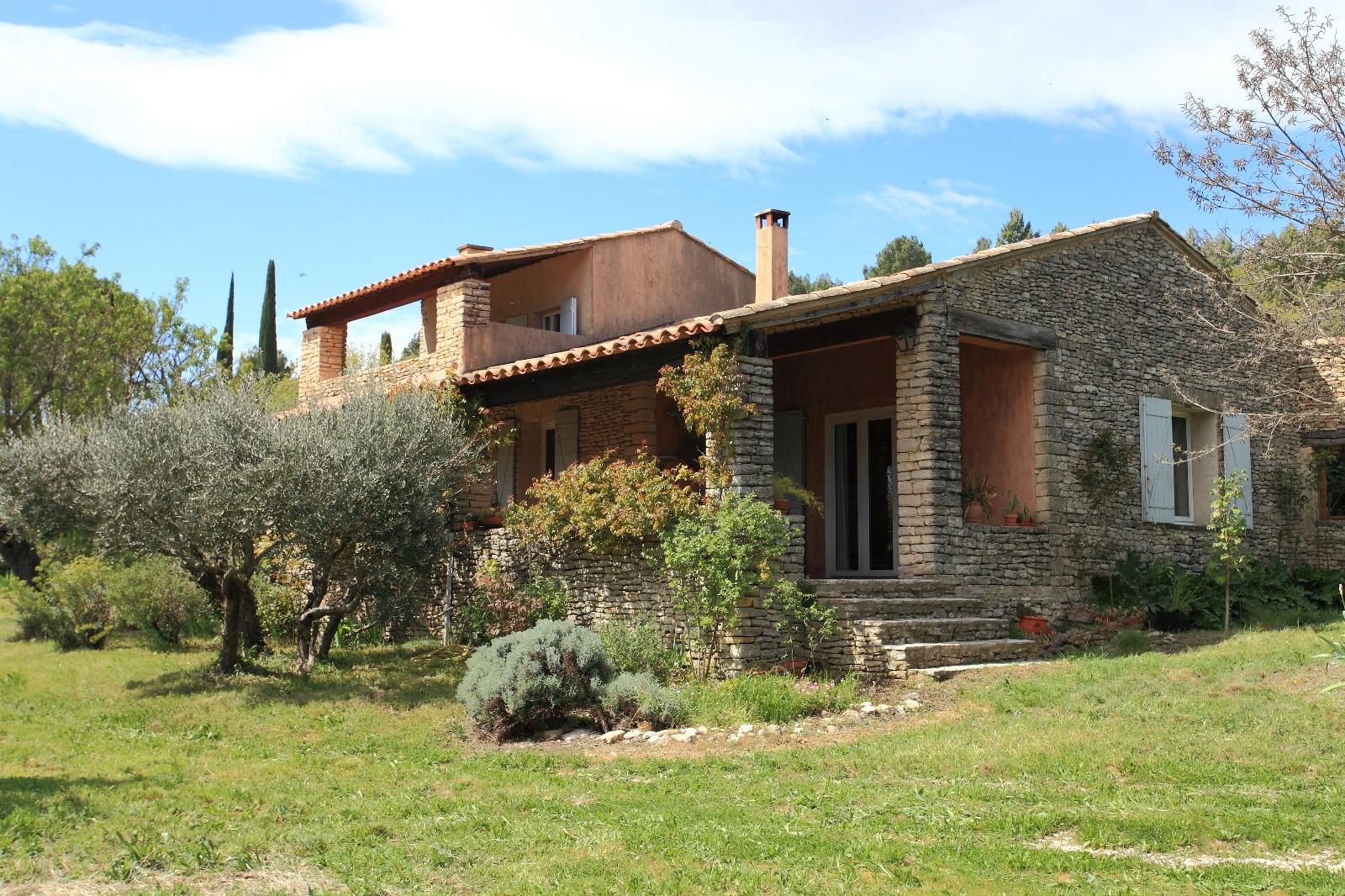 Villa proven al a vendre gordes 3 chambres et jardin de for Achat maison gordes