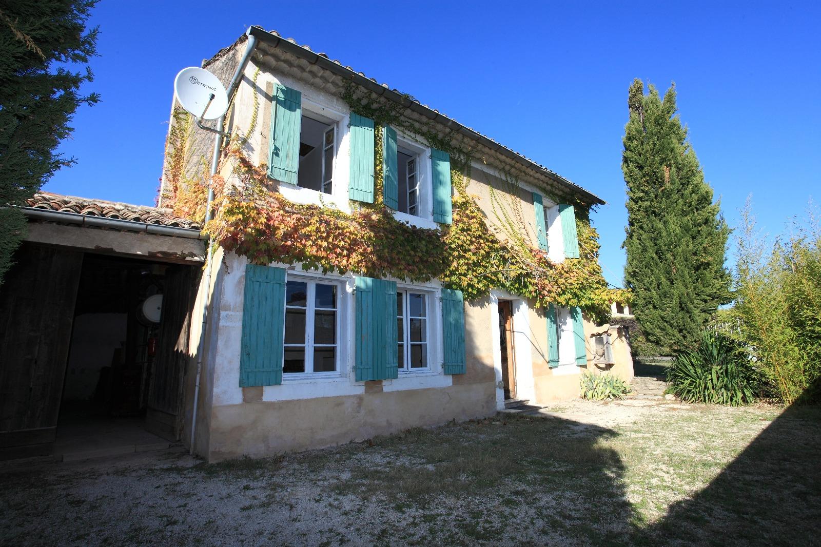 Maison de hameau vendre proche de gordes 3 chambres for Achat maison gordes