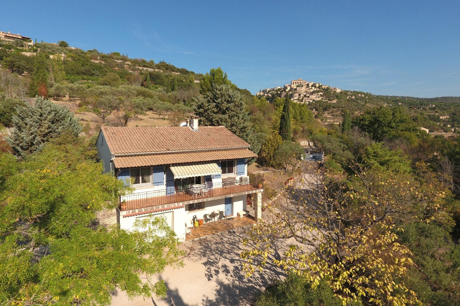 Villa vendre gordes 2 chambres et piscine riani for Achat maison gordes