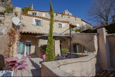 Location Saisonnière à Bonnieux, 3 chambres jaccuzi BONNIEUX