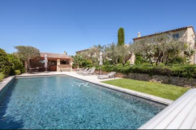 Location de vacances à cabrières d'avignon, 3 chambres piscine. CABRIERES D'AVIGNON
