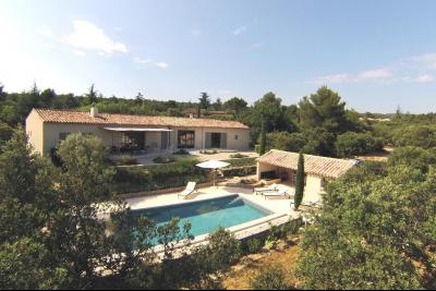 Location saisonnière à Cabrières, villa de 3 chambres, piscine CABRIERES D'AVIGNON