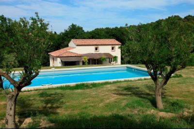 Location saisonni�re � Cadenet - Villa contemporaine avec piscine