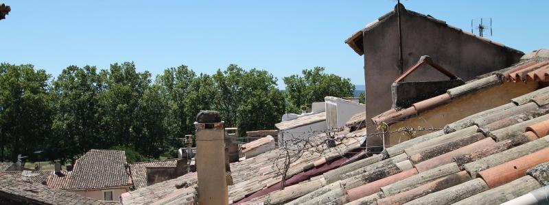 Centre de Cucuron - Maison de village avec Terrasse