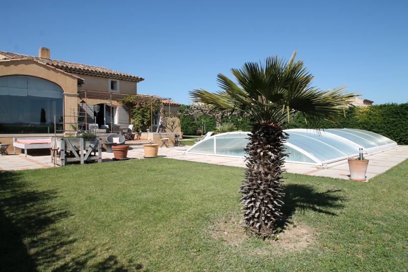Puyvert - Villa proche du village avec piscine