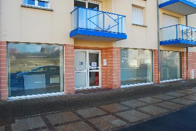 LOCAL COMMERCIAL 5 PIECES , Agence Immobilière UnChezVous, dans les départements de l'Ariège et de l'Aude