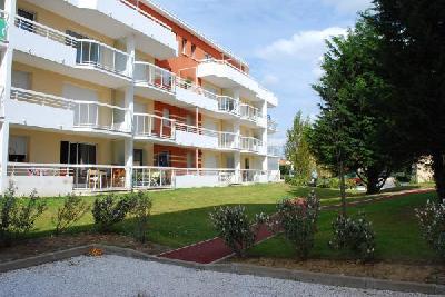 APPARTEMENT TYPE 2 CABINE 62155 MERLIMONT PLAGE, Agence Immobilière UnChezVous, dans les départements de l'Ariège et de l'Aude