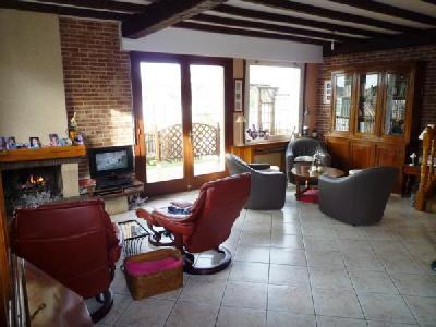 STELLA, Agence Immobilière UnChezVous, dans les départements de l'Ariège et de l'Aude
