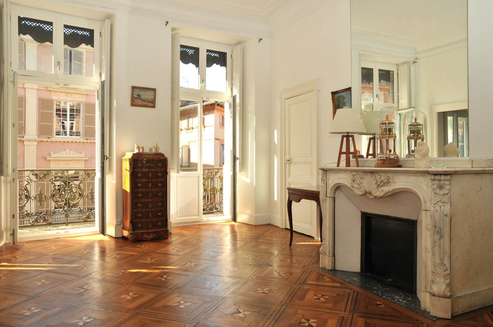 esquirol secteur fermat t6 haussmannien de 165m avec ascenseur cogimmo toulouse. Black Bedroom Furniture Sets. Home Design Ideas
