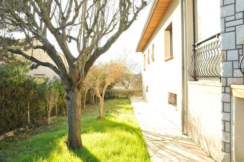 L'UNION : Belle maison ensoleillée avec jardin paysagé ST JEAN