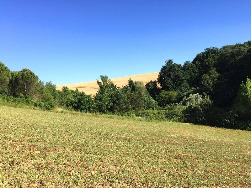 GOYRANS : très beau terrain de 1800 m² avec vue dégagée GOYRANS