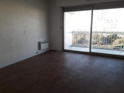 Studio de 21 m² face mer, au 2eme étage avec ascenseur