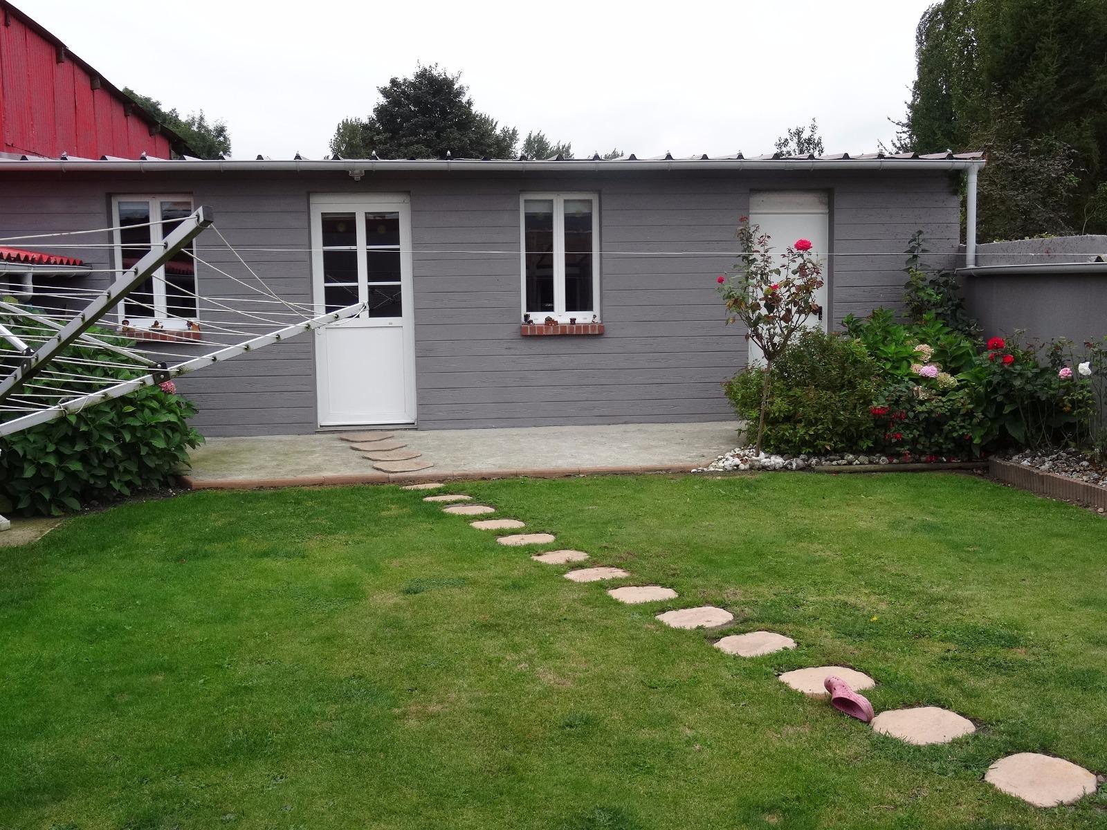 Maison individuelle en excellent tat d 39 entretien et for Calcul surface habitable maison individuelle