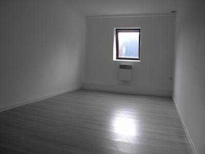 Maison 2 chambres cour commune