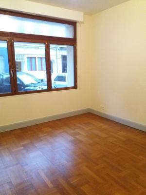 SAINT OMER, proche centre appartement 2 chambres avec cour et garage