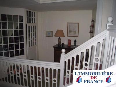 MAISON DE VILLE HYPERCENTRE - 4  chambres - avec extérieur