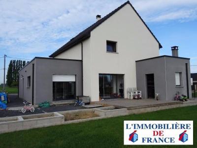 Maison Individuelle récente offrant 210 m²