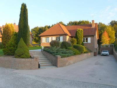 Belle maison individuelle (construction traditionnelle) secteur calme