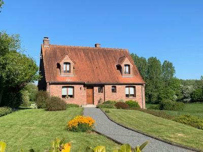 Maison individuelle érigée sur 10.000m² de terrain