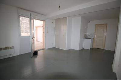 Vente, Studio 26 m² - 1 pièces face à l'université